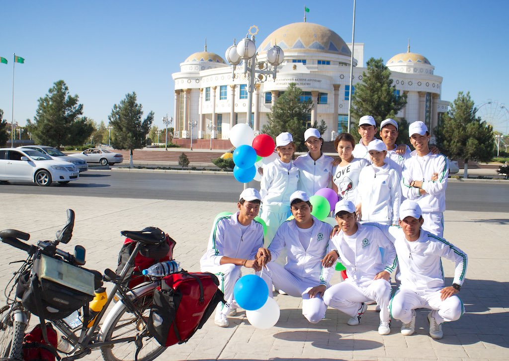Schooljeugd in Mary, Turkmenistan